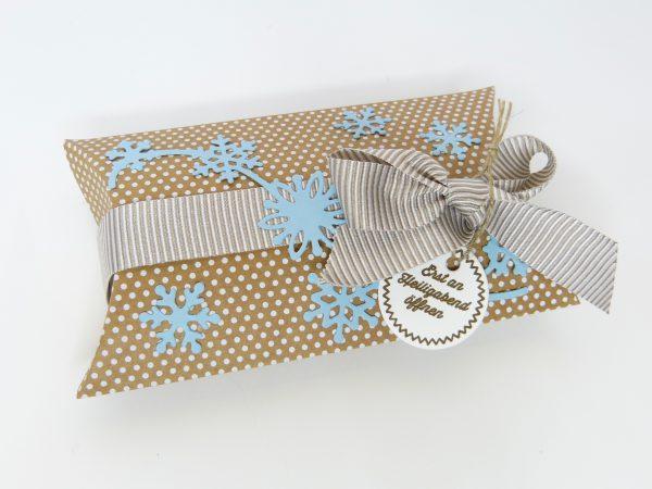 Pillowboxen mit Schneegestöber