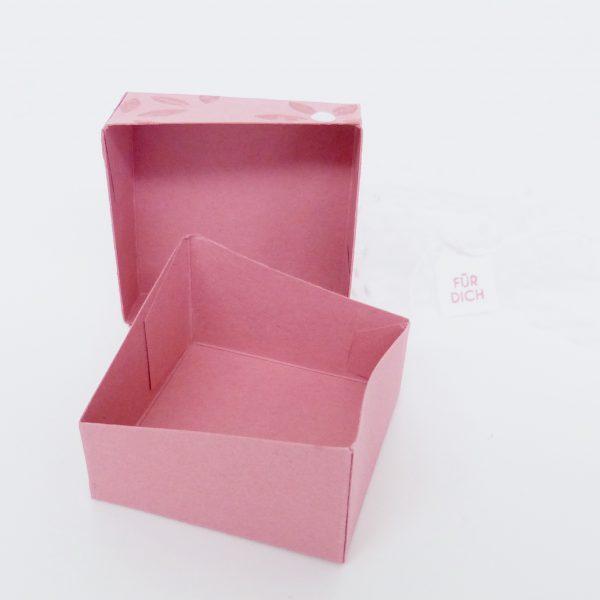 Schräge Box